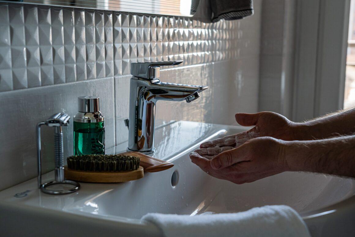 La forma correcta de lavarse las manos